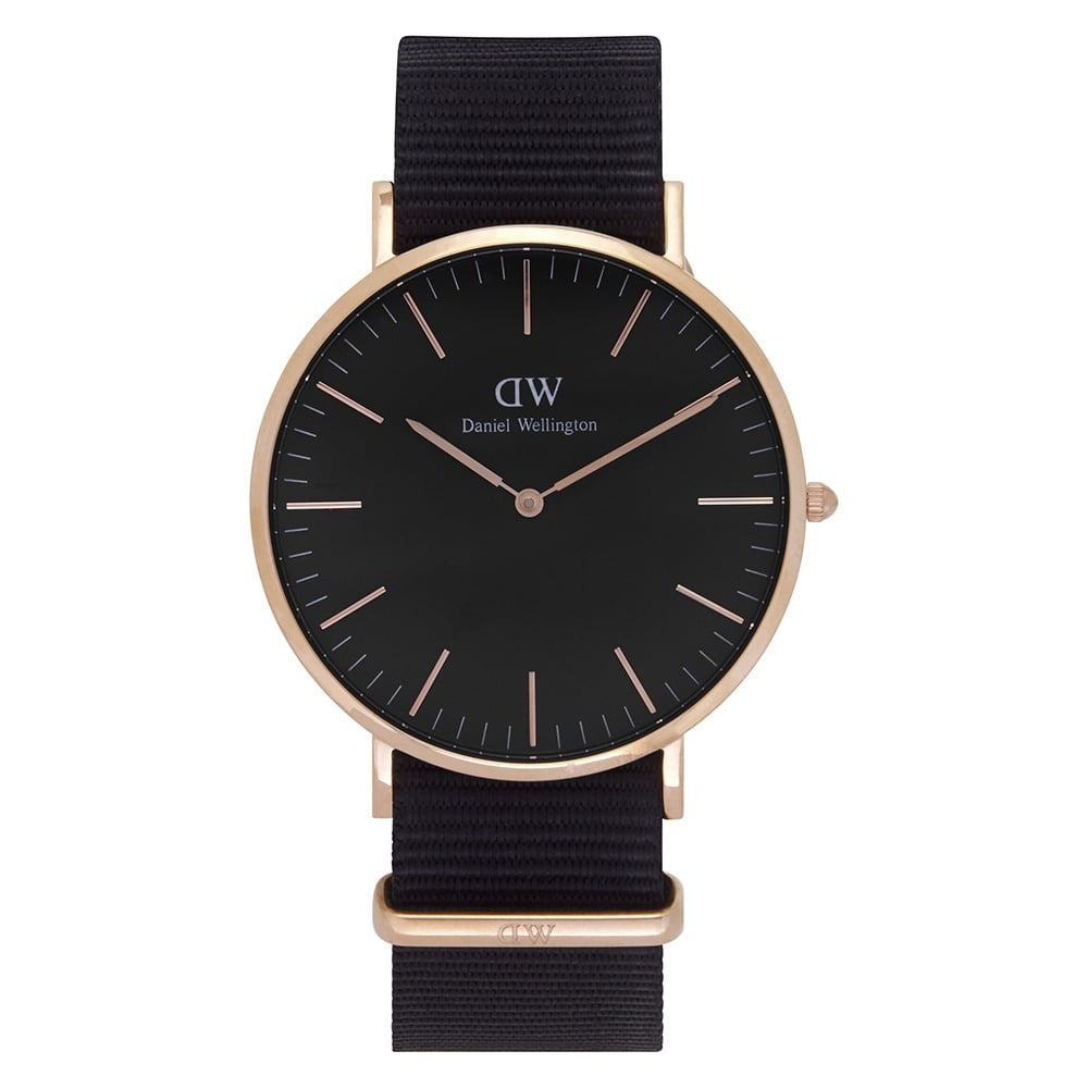 dw00100148 daniel wellington classic black 40 cornwall men 39 s watch available at tic watches. Black Bedroom Furniture Sets. Home Design Ideas
