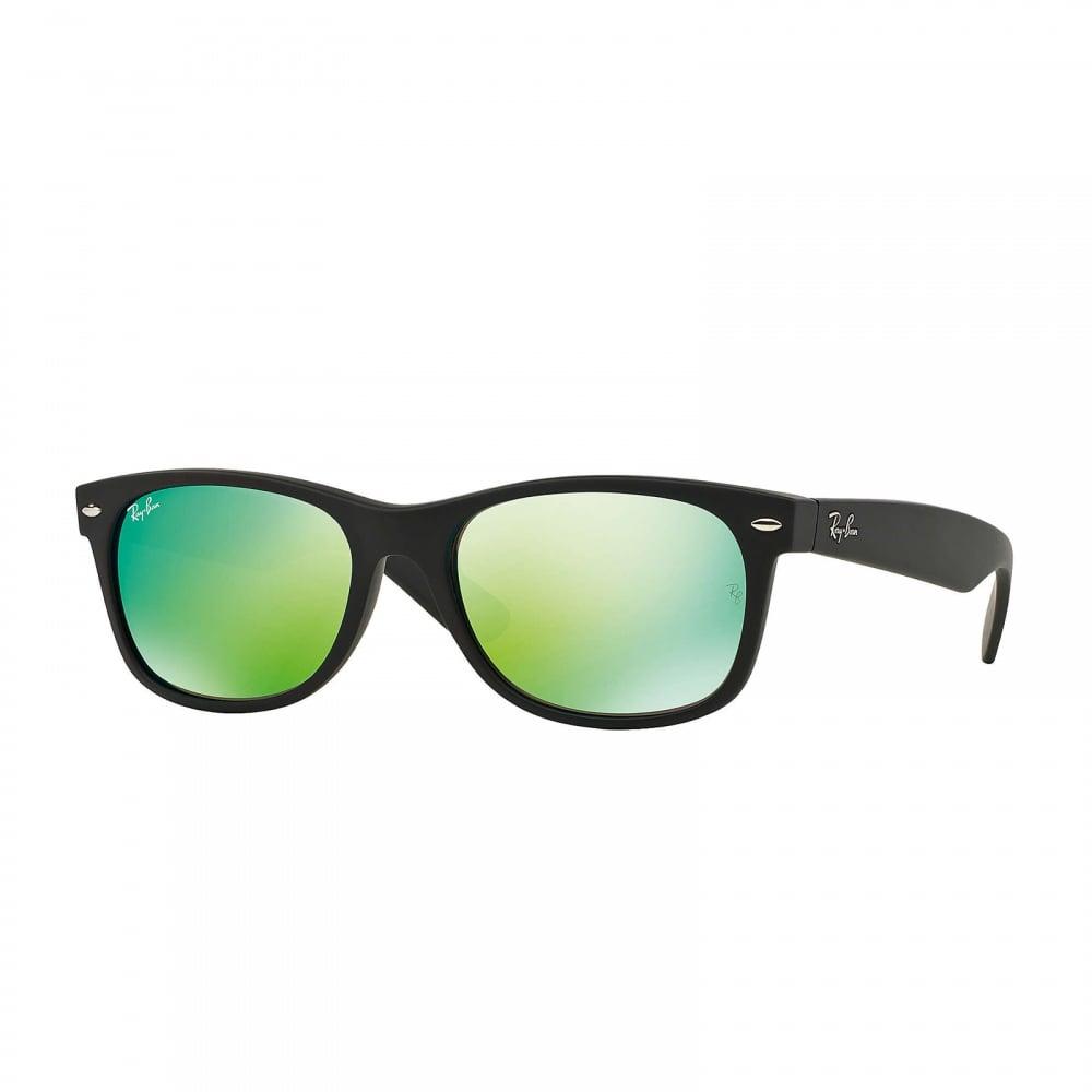 Wayfarer ORB2132 622/19 52 Black & Green Mirrored Sunglasses